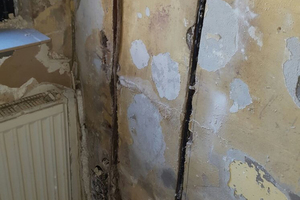 Einfach und effizient: Die Verkieselung wird von innen in die feuchten Wände injiziert