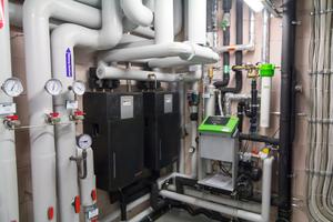 Eine exergieoptimierte Kaskade von Frischwassererwärmern trägt dazu bei, die Temperaturspreizung der Gesamtanlage zu maximieren