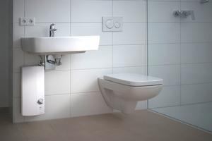 Beim Einsatz von Durchlauferhitzern gilt es, lange Wege zu vermeiden, weshalb der AEG DDLE Basis stets in der Nähe der Waschtischarmatur oder der Dusche angebracht ist