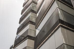 Die Balkonverglasung bietet allen Etagen denselben Schallschutz von über 11 dB