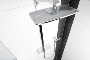 Neben maßgefertigten Duschrinnen für Nischen sind auch bewusst kleine Abläufe interessant