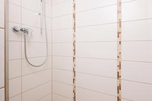 Dank der individuellen Maßanfertigung der Duschrinnen sind den Planern wenig Grenzen gesetzt. Längen bis zu fünf Metern wurden schon realisiert