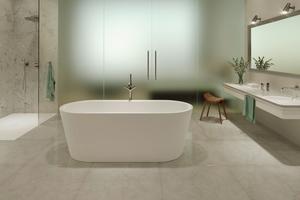 Lösungen für Bäder ohne Fenster: Duschfläche (Scona), Badewanne (Meisterstück Classic Duo) und Waschtisch (Classic)