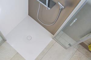 Scona: bodenebene Dusche