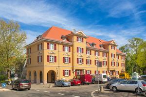 In Originalfarben erstrahlen die ersten modernisierten Wohnhäuser des Darmstädter Buxbaum-Ensembles