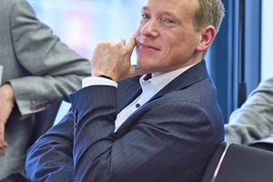 """Gerald Swarat (M.A.), Projektleiter des Fraunhofer IESE: """"Es ist ein Fehler, nur auf die Städte zu fokussieren und das Land abzuwickeln"""""""
