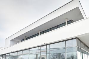 Rigips-Außendeckensysteme können in geschützten sowie in bewitterten Außenbereichen eingesetzt werden.