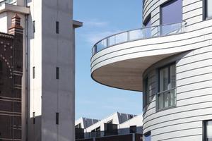 Die Herausforderung bestand darin, Fensterbänke und Fensterstürze in die horizontalen Linien der Fassade zu integrieren und die Rundungen der Balkone einzubinden