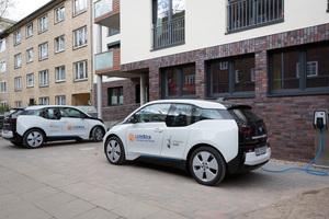 Die EU- Richtlinie zur Gesamtenergieeffizienz von Gebäuden beinhaltet auch den Aufbau einer Ladeinfrastruktur vor Wohngebäuden