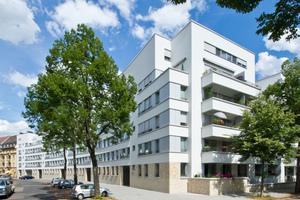 Ebenfalls ein Wettbewerbsgewinn, den Stefan Forster Architekten für den Spar- und Bauverein Mannheim realisiert haben. Zwischen Wettbewerbsgewinn und Fertigstellung im Jahr 2016 lagen neun Jahre