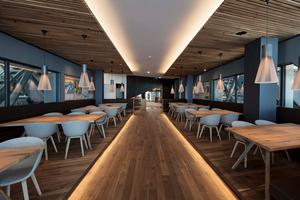 Das architektonisch aufwendig gestaltete Restaurant Panorama 2962 bietet in fünf Bereichen Platz für bis zu 450 Gäste.<br /><br />