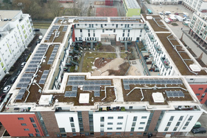 Das Apfel-Carré mit den installierten  Photovoltaikanlagen