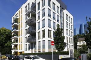 Die Planer ließen den ehemaligen Bürokomplex grundlegend umbauen und schufen acht Eigentumswohnungen unterschiedlicher Größe