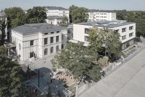 forum thomanum: das Hortgebäude wurde ohne zusätzliche Dämm-Maßnahmen mit Kratzputzflächen gestaltet