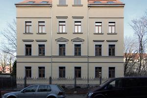 Mehrfamilienhaus Friedrich-Bosse-Str. 65: Das 1899/1900 entstandene Mietshaus weist die Merkmale der Gründerzeit auf