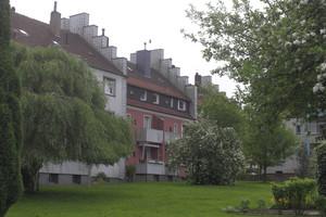 Umweltschutz und Imageaufwertung – Siedlungshäuser bekommen luftreinigende Dachsteine