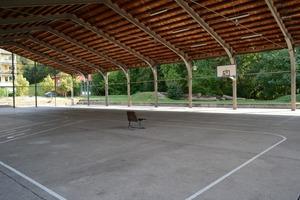 In der ehemaligen Panzerhalle ist Platz für kulturelle Events und allgemeinen Zeitvertreib<br />