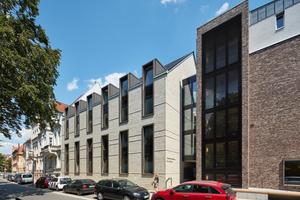 Nach nur 14 Monaten Bauzeit konnte das Studentenwohnhaus Klaus Bahlsen pünktlich bezogen werden. Die verwendete Baukonstruktion mit hohem Vorfertigungsgrad trägt zur Qualitätssicherung und Bauzeitverkürzung bei