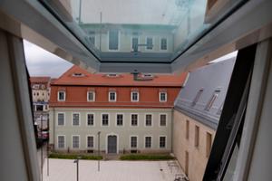Moderne und historische Elemente prägen das Erscheinungsbild des neuen Finanzamtes in Pirna