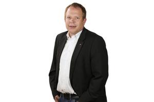 Autor: Reinhold Wickel,  Verbände und Marktmanagement,  Roto Dach- und Solartechnologie GmbH
