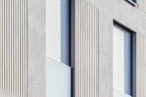 Durch die vertikalen Fassadenelemente entstehen attraktive Licht- und Schattenspiele