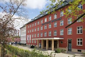 """Die Deutsche Wohnen arbeitet jetzt mit """"Teamrooms"""". In diesen Projekträumen können Zugriffsrechte für Organisationseinheiten, einzelne Mitarbeiter und auch für externe Personen vergeben werden"""