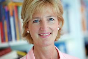 ... Prof. Dr. Christiane Woopen, Sprecherin der Datenethikkommission des Bundes ...<br />