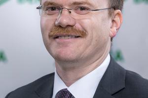 <strong>Autor:</strong> Dirk Blettermann, Fachbereichsleiter Aufzüge und Fahrtreppen bei DEKRA