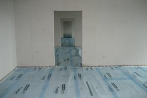 Das schlanke und leichte weber.floor Trittschalldämmsystem ermöglicht gemäß bauaufsichtlicher Zulassung eine Trittschallminderung von bis zu 22 dB