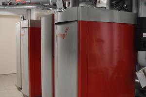 …kommt im Haus mit den Familienwohnungen die BioWIN XL Kaskade mit zwei Wärmeerzeugern zum Einsatz