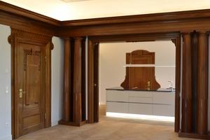 Behutsam wurden die spätklassizistischen Stilelemente restauriert und integriert