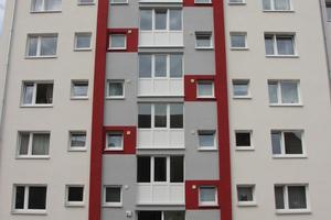 Die eigentliche Sanierung gestaltete sich umfangreich. Die Gewoba Nord investierte rund drei Millionen Euro in das Wohnhaus