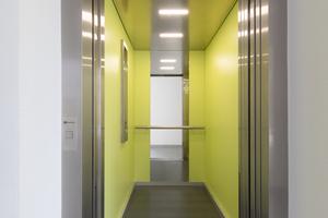 Zwei der Aufzüge des Typen Haushahn Lifeline verfügen über eine Penthousesteuerung