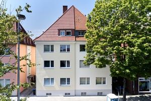 Die linke Haushälfte dieses 1952 erbauten Mehrfamilienhauses in Münster wurde mit weber.therm circle modernisiert