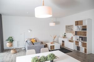 Lichtdurchflutet und modern: In Modulgebäuden ist behagliches Wohnen möglich