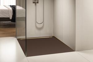 Links unten: Eine wichtige Anforderung an das barrierefreie Bad ist die Farbgestaltung mit deutlichen Kontrasten, die eine Orientierung auch bei Sehschwäche ermöglichen
