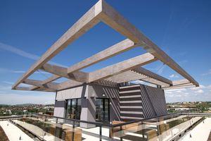 Die Dachterrasse des SKAIO lädt zum Pausieren und Plauschen mit den Nachbarn ein