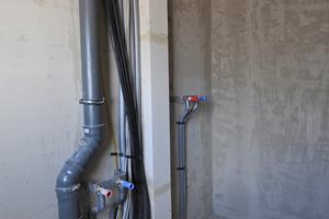 """""""PolyCase"""" von ATEC benötigt keinen Abstand zu brennbaren Baustoffen und beansprucht wenig Platz."""