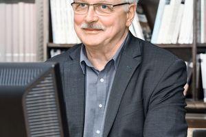 Matthias Günther leitet das Pestel Institut, das Kommunen, Ministerien, Banken, Unternehmen und Verbände mit Analysen, Umfrage und Modellrechnungen zu wirtschaftlichen und gesellschaftlichen Fragestellungen unterstützt.