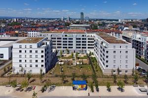 Monolithischer Ziegelmauerwerk sorgt für ruhiges Wohnen, auch wenn die Offenbacher Innenstadt nur einen Steinwurf entfernt ist