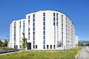 Im Auftrag der GEWOFAG entstanden an der Carl-Wery-Straße zwei Gebäude mit zwei bis acht Stockwerken