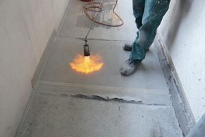 Triflex hat Systemlösungen auf PMMA-Basis entwickelt, die durch Hinzugabe spezieller Additive den erhöhten Brandschutzanforderungen z. B. auf Laubengängen gerecht werden