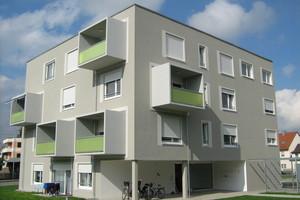 Mit einer effizienten Wärmedämmung werden die Wände in der kalten Jahreszeit warm gehalten und im Sommer abgeschirmt gegen die Hitze von aussen