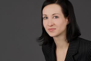 <strong>Autorin: </strong>Kristina Zimmermann, Themenbereichsleiterin Serielle Sanierung, Deutsche Energie-Agentur GmbH (dena), Berlin