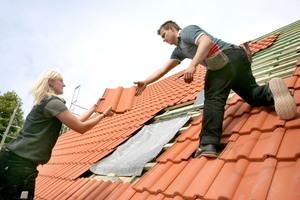 Dächer mit ClimaLife-Dachsteinen beseitigen Schadstoffe aus der Luft
