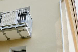 Die Balkone wurden im Zuge der Fassadenmodernisierung ebenfalls saniert und um die Dicke des WDVS erweitert