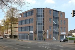 Sechs Gewerbeeinheiten und eine Wohnung umfasst die Immobilie in Oldenburg