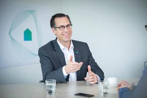 """Dr. Dirk Then: """"Der SMGW-Rollout im Gesamtbestand der GWG-Gruppe ist zukunftsweisend für die Immobilienbranche und zeigt die Innovationskraft der Unternehmen der noventic group."""""""