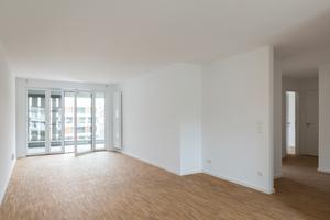 Unten rechts: Hochwertige Innenräume. Die Wohnungen sind technisch und optisch auf dem allerneuesten Stand