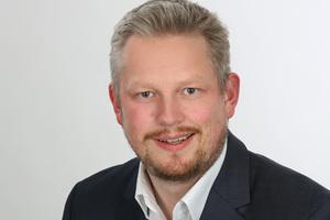 """Achim Kockler: """"Der Fensterfalzlüfter regelt den Luftstrom automatisch und nutzerunabhängig.""""<br />"""